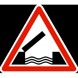 Panneau de danger pont mobile A6